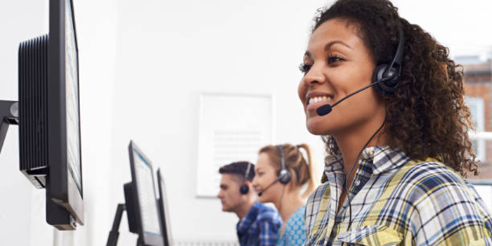 Female training to work in a call center in rhode island